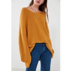 Urban Outfitters Oversized Mustard Sweater M